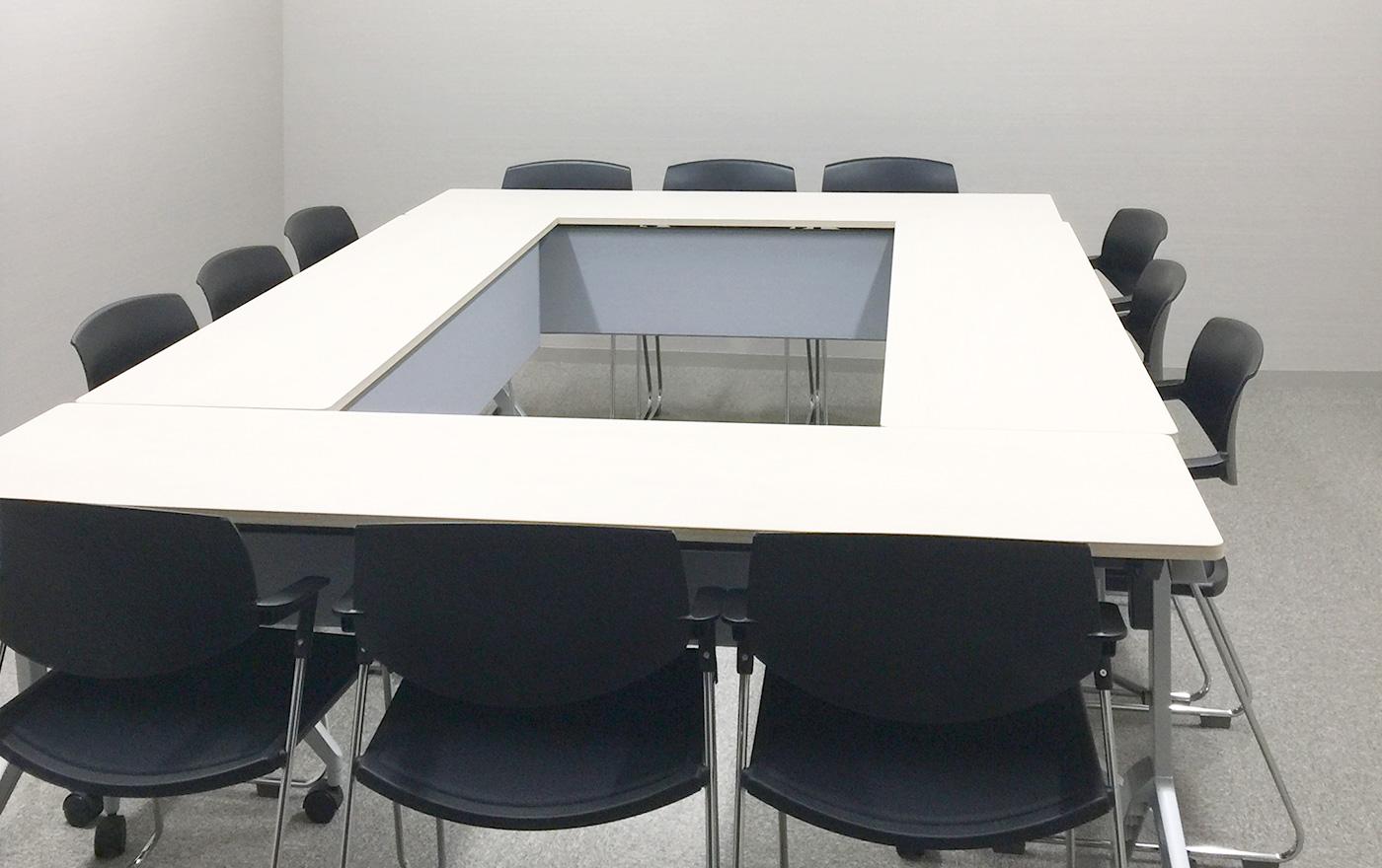 4H会議室写真